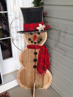 Snowman made out of pallet wood