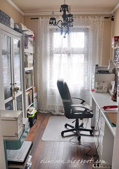 My Little Piece of Heaven - Scrapbook.com- Craft Studio- a small space can still be perfectly accessible and organized