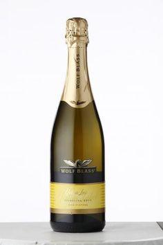Sparkling Wines #5: Wolf Blass NV Yellow Label Sparkling Brut  #taninotanino #vinosmaximum