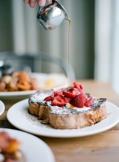 french toast + strawberries