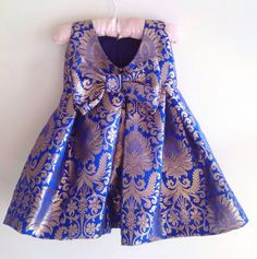 Royal blue brocade dress with bow at the back image 3 Baby Frock Pattern, Frock Patterns, Baby Girl Dress Patterns, Girls Frock Design, Baby Dress Design, Kids Dress Wear, Kids Gown, Baby Frocks Designs, Kids Frocks Design