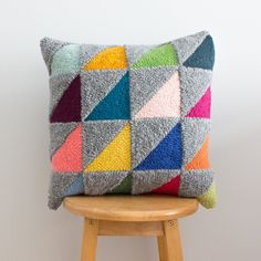 Learn to Punch Needle Drawing with Yarn: A Beginner's Wool Pillows, Throw Pillows, Shibori Fabric, Punch Needle Kits, Crafty Fox, Modern Crafts, Textiles, Hand Quilting, Knitting Stitches