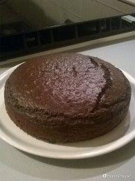 La cheesecake al cioccolato è un dolce fresco e leggero, perfetto per gli amanti del cioccolato anche nelle giornate più calde dell'estate