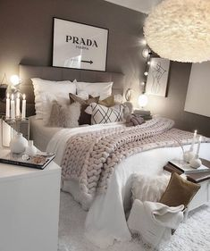 Girl Room Decor Ideas - What's the best color for a teenage girl's bedroom? Girl Room Decor Ideas - How do you clean your room fast? Bedroom Decor For Teen Girls, Room Ideas Bedroom, Home Decor Bedroom, Grey Bed Room Ideas, Ikea Bedroom, Adult Bedroom Ideas, Bedroom Ideas For Women, Teen Bedroom Inspiration, Lux Bedroom