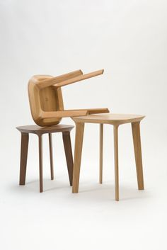 Fawn Task Table by RBW Studio