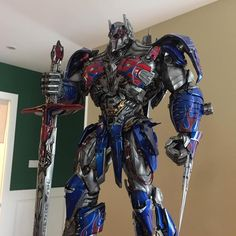"""Polubienia: 2,684, komentarze: 11 – DX Toys (@dxtoysbr) na Instagramie: """"Os colecionadores começaram a receber o Optimus Prime - The Last Knight da Prime 1! Leo Tse…"""""""