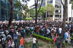 Manifestación frente a la PGR. 15 de octubre de 2014