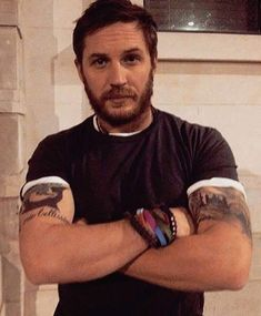 OH BE MEAN TO ME BABE SPANK ME TOMMY 💋💋🔥 Tom Hardy Actor, Tom Hardy Photos, Sexy Military Men, My Tom, Tommy Boy, Thing 1, Ex Husbands, Attractive Men, Man Crush