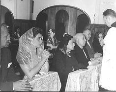 50 Aniversario de Bodas de Leopoldo Cárdenas Reyes y Paulita Castellanos. Izq. Jorge Cárdenas y Cuca González Aréchiga.