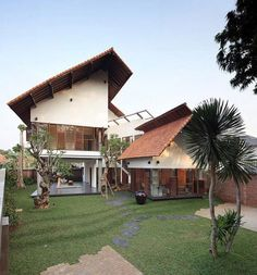 I love this house! Modern Indonesian House Design in 2011 by architecture firm TWS & Partners Modern Tropical House, Tropical House Design, Best Modern House Design, Home Modern, Tropical Houses, Tropical Forest, Modern Houses, Modern Design, House In Nature