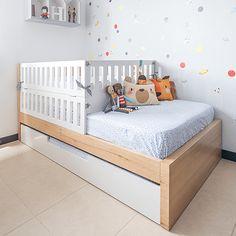 Espectacular Cama Cuna y corral hechos en Roble, de 1,00m por 1,90m, corral y cama nicho en mdf pintados.