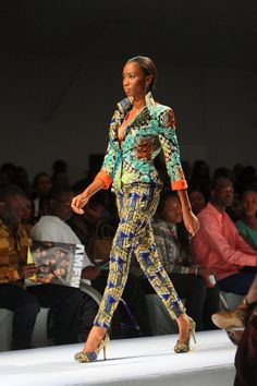 African Fashion & Style by Ohema Ohene. Love the mixed prints!! #africa #printmixing #vibrant