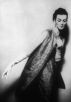 Carmen Dell'Orefice April Harper's Bazaar 1959