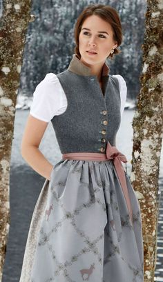 Dirndl Dorli by Susanne Spatt - Fashion Show - .- Dirndl Dorli von Susanne Spatt – Modenschau – … Dirndl Dorli by Susanne Spatt – Fashion Show – … – - Drindl Dress, Look Street Style, Mode Boho, Mode Style, Fashion Outfits, Womens Fashion, Traditional Dresses, High Waisted Skirt, Cute Outfits