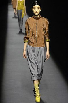 Dries Van Noten | Fall 2007 Ready-to-Wear Collection