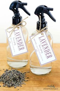 How to Make Lavender Linen Water with easy, step-by-step directions. Refresh bedsheets and stored linens with this all natural DIY spray. Lavender Room, Lavender Crafts, Lavender Recipes, Lipbalm, Diy Cadeau, Sutton Place, Natural Cleaning Products, Cleaning, Packaging