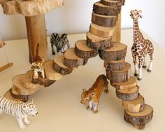 Make a PLAY TREEHOUSE for your kids. This is by far the coolest handmade toy I've seen. Easy, cheap and hours of creative play.