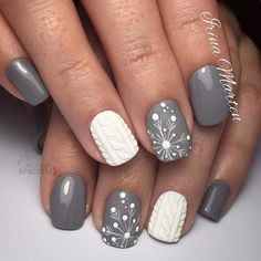 love these gray and white winter nails