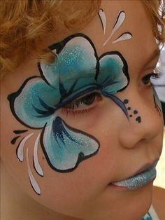 Face Painting Hibiscus :  I like the placement of the flower's center