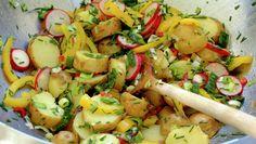 Asiatisk potetsalat (Asian Potato Salad - in Norwegian) Asian Potatoes, Norwegian Food, Frisk, Kung Pao Chicken, Pasta Salad, Potato Salad, Chili, Grilling, Dining