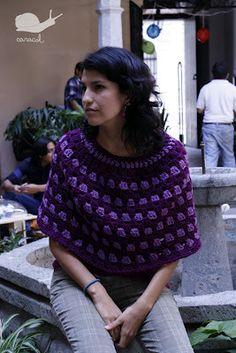 Caracol handmade: The Free Granny Poncho Pattern- CIRCULAR GRANNY STITCH PONCHO Spanish and English instructions