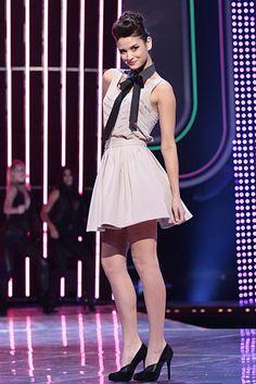 fashion star  Kara Laricks Slate Collar, stand + tie