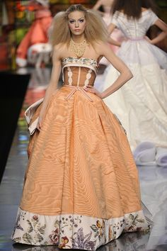 Christian Dior: Paris Fashion Week Haute Couture S/S 2009