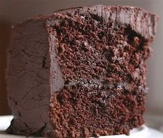 OMG, this is amazing -- cake that goes with ... beer! Chocolate Stout Cake Recipe http://thestir.cafemom.com/food_party/161847/chocolate_stout_cake_recipe_is?utm_medium=sm&utm_source=pinterest&utm_content=thestir