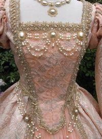 Splendide robe de style Tudor avec des détails absolument époustouflants!