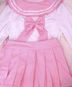 bijinprincess:  my pink seifuku came in the mail omgヾ(*⌒ヮ⌒*)ゞ