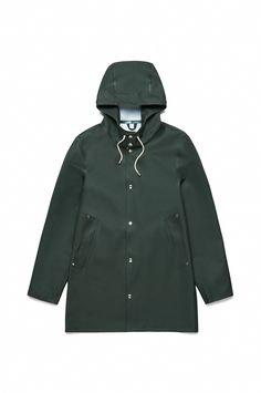 Free Standard Delivery Worldwide - Stutterheim Classic Raincoats for Women. Seasons may change but our classic raincoats for Women are always around. Shop Here. Best Rain Jacket, Black Rain Jacket, North Face Rain Jacket, Rain Jacket Women, Green Raincoat, Raincoat Jacket, Hooded Raincoat, Raincoats For Women