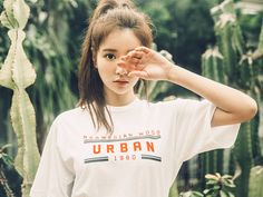 Korean Fashion Trends you can Steal – Designer Fashion Tips Boys Shirts, Sports Shirts, T Shirts For Women, Fashion Graphic, Fashion Prints, Rock And Roll Fashion, Korean Fashion Trends, Love T Shirt, Aesthetic Fashion