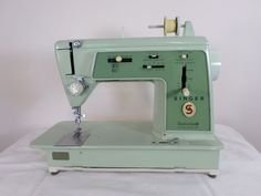 Singer 606 Touch & Sew Sewing Machine #Singer