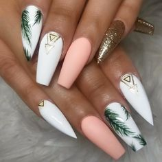 In seek out some nail styles and ideas for your nails? Here's our list of must-try coffin acrylic nails for trendy women. Palm Nails, Beach Nails, Beach Vacation Nails, Hawaii Vacation, Cruise Vacation, Fire Nails, Best Acrylic Nails, Summer Acrylic Nails Designs, White Acrylic Nails