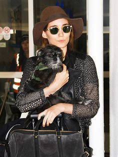Star Tracks: Monday, January 5, 2015 | PUP PATROL | Rooney Mara keeps her adorable pooch close as she arrives at LAX on Friday.