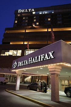 Delta Hotels by Marriott Halifax Halifax (Nova Scotia) Centrally located in downtown Halifax, Nova Scotia, on the Link walkway system, this hotel offers lavish amenities near the Casino Nova Scotia and the World Trade and Convention Centre. Blueberry Picking, World Trade, Convention Centre, Nova Scotia, Hotels And Resorts, Hotel Offers, Coast, Canada, Places