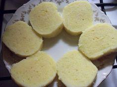 Uvařené (až praská slupka), oloupané, vychladlé a nastrouhané brambory zvážíme, osolíme je, přidáme k nim 5 lžic oleje, sůl, 1 lžíci solamylu a...VÝBORNÉ ,