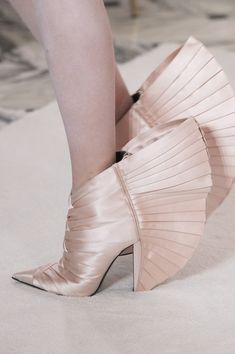 Balmain Paris Couture Spring 2019 Fashion Show Details. Designer looks from the Spring 2019 Couture runway shows from Paris Couture Fashion Week Plastic Shoes, Pastel Outfit, Ugly Shoes, Shoe Art, High Heel Boots, Heeled Boots, Crazy Shoes, Manolo Blahnik, Couture Fashion
