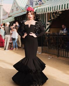 Spanish style – Mediterranean Home Decor Girl Fashion, Fashion Dresses, Womens Fashion, Vestido Charro, Spanish Style Decor, Evening Gowns, Ball Gowns, Style Inspiration, Couture