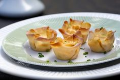 Take a look at our delicious Crab Rangoon Cups recipe with easy to follow step-by-step pictures.