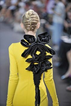 Stephane Rolland - Fall 2011 Couture, I would feel like a monster was on my back about to take over my body!