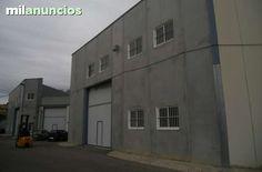 . Ref. 10540 N, NAVE EN ALQUILER, zona San Antonio de Benageber 777 m�, bien comunicada, oficinas de 12 m�, 1 ba�o, 2 aseo, longitud fachada 15 m, 1+1 puerta de 5x5, altura cumbrera 8.5 m, cornisa 7 m, estructura met�lica, cerramiento placas de hormigon, ti
