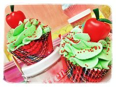 Apple cupcake bath bomb teacher gifts by feeling smitten