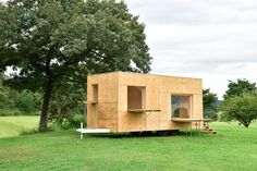 based on simplifying everyday life to the bare necessities, the kengo kuma mobile home is a nature-oriented dwelling with its entire envelope made from wood.