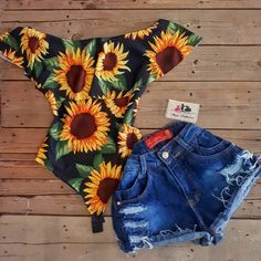 I really want a off the shoulders body suit. Just to wear with jeans or shorts Teenage Outfits, Teen Fashion Outfits, Outfits For Teens, Girl Fashion, Girl Outfits, Cute Casual Outfits, Cute Summer Outfits, Spring Outfits, Casual Clothes