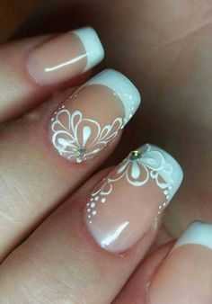 french nails with a twist ; french nails tips Cute Nails, Pretty Nails, My Nails, Hair And Nails, Pretty Toes, French Manicure Designs, French Tip Nails, Nail Art Designs, French Pedicure