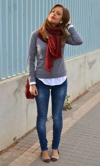 Pañuelos / Bufandas / Echarpes---pretty fall and winter outfit.  This actually looks like something I would feel comfortable wearing!