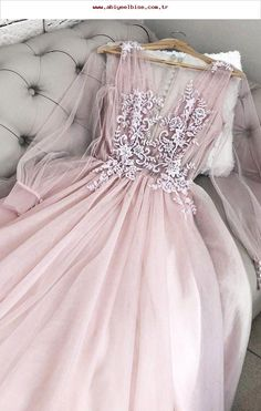 Rosa V-Ausschnitt Tüll langes Abendkleid, Abendkleid aus Tüll,  abendkleid   ausschnitt 3c74cc23df