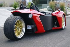 The latest player in the world of trikes can shift from 0-60mph in 4.5 seconds.