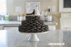 wedding cake made from oreos Oreo Wedding Cake, Wedding Cakes, Yard Wedding, Wedding Bells, Tiffany's Bridal, Bridal Shower, Oreo Cake, Breakfast At Tiffanys, Diy Cake